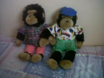 samantha&kevin monkeys