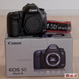Canon EOS 5D Mark III Camera + 24-105mm EF Lens